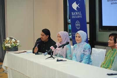 Jadi Hijab Termahal di Dunia, Kerudung Asal Malaysia Ini Dijual Rp172 Juta