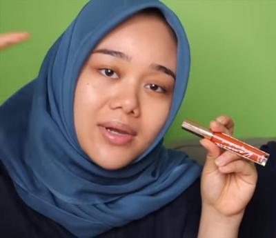 Pilihlah Lipstik yang Memiliki Tesktur Creamy