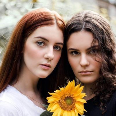 Karakter Kepribadian Wanita Berdasarkan Belahan Rambut, Kamu yang Mana?