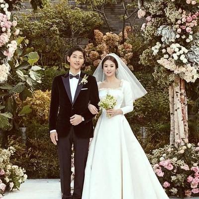 Selain Song Hye Kyo, 7 Pasangan Artis Korea yang Cinlok ini Juga Berpisah