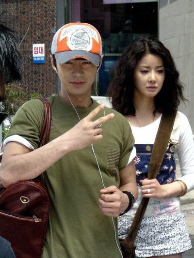 Junjin Shinhwa & Lee Si Young