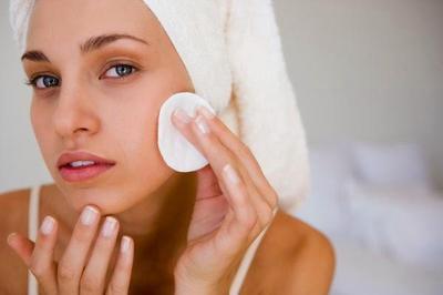 Fungsi dan Bentuk Kapas untuk Bersihkan Wajah Lebih Maksimal