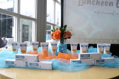 WHITE-NENG, Luncurkan Scrub Wajah Berbahan Apricot untuk Mencerahkan Kulit Kusam