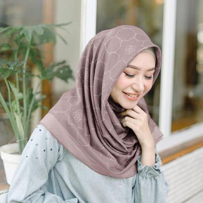 8 Rekomendasi Online Shop untuk Belanja Hijab Voal