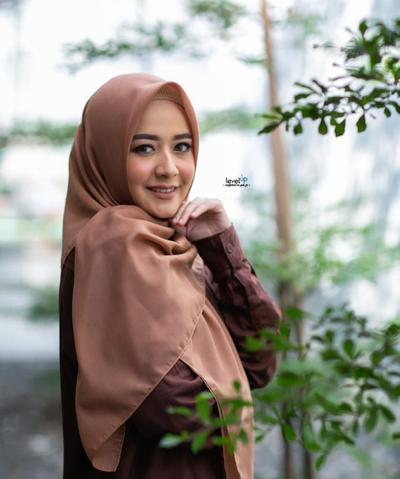 1. Level Up Hijab