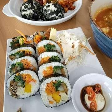 Annyeong Korean Food Cafe