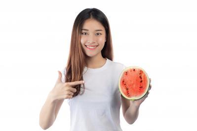Diet Semangka Bisa Turunkan Berat Badan dalam 5 Hari, Ini Efek Sampingnya
