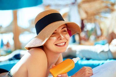 Wajib Menggunakan Sunscreen