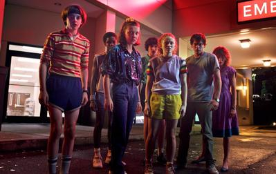 5 Fashion Unik Tahun 80-an dalam Film Stranger Things