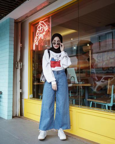 Culotte Jeans dan Sweater