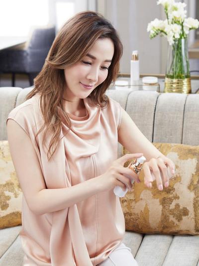Rahasia Kecantikan Marie Zhuge, Model Hong Kong Cantik Beranak Dua