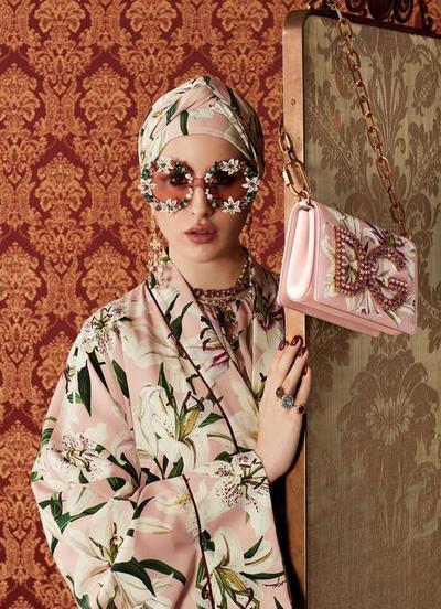 Wow! Dolce & Gabbana Rilis Abaya yang Bisa Dipakai Wanita Berhijab