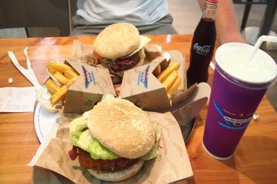 Tak Banyak yang Tahu, Ternyata Junk Food Punya Manfaat untuk Kesehatan