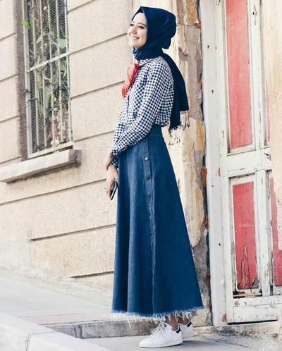 Rok Jeans dan Plaids