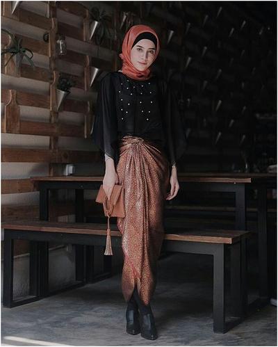Model Batik Cape Organza + Rok Batik Pinggang Karet
