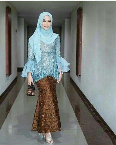Model Kebaya Peplum Mix Organza + Rok Batik