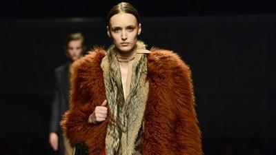Mulai 2020, Prada Stop Gunakan Bulu Hewan untuk Koleksi Fashionnya
