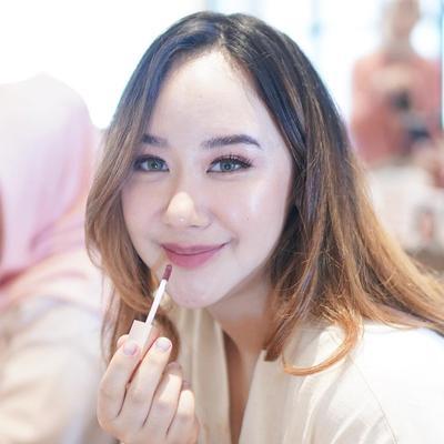 7 Warna Lipstik Wardah Paling Laris dan Favorit untuk Riasan Flawless Tiap Hari