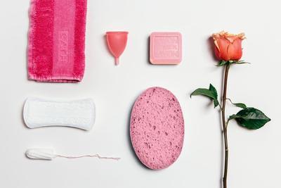 Selain Pembalut, 3 Alat Praktis Ini Bisa Bantu Kamu Saat Menstruasi