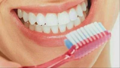 Gigi Berlubang dan Sisa Akar Gigi