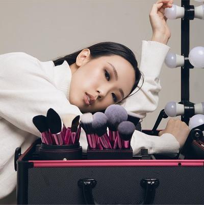 Mau Riasan Makin Sempurna? Gunakan 6 Rekomendasi Brush Makeup Lokal Ini