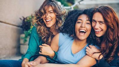 Real Friends VS Fake Friends, Begini Cara Mengetahui Teman Bermuka Dua
