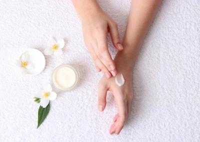 Di Bawah 80 Ribu, Ini Rekomendasi Hand Cream untuk Mengatasi Kulit Tangan Kering