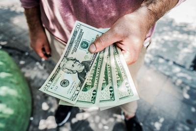 1. Keuangan