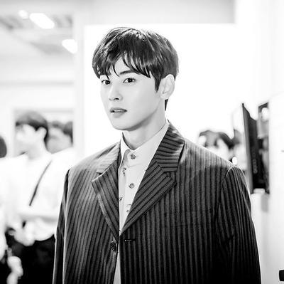 Jadi Pemeran Utama di Drama Terbaru, Cha Eun Woo Banjir Kritikan
