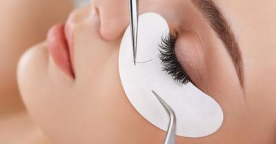 Tips Mudah Merawat Eyelash Extensions Agar Awet dan Tahan Lama