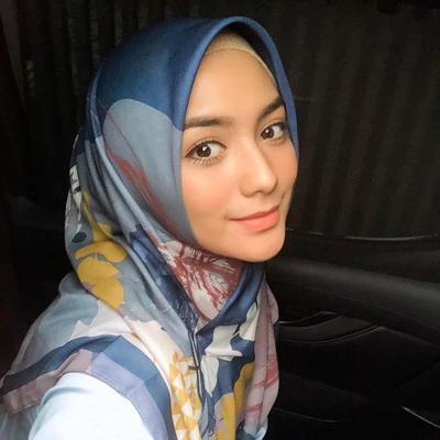 Potret Cantik Citra Kirana dalam Balutan Hijab, Anggun dan Memesona!
