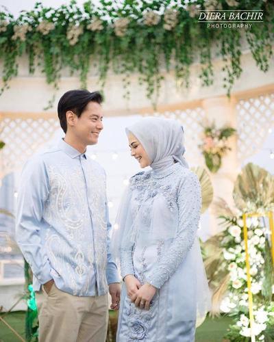 Mengintip Gaun dan Makeup Flawless Cut Meyriska di Hari Pertunangan