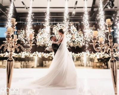 5. Resepsi Pernikahan pada Malam Hari