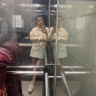 Ingin Tampil Stylish? Intip 5 Fashion Style ala Choi Sulli Ex F(X) yang Kekinian Ini