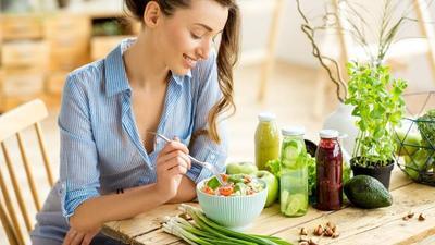 Mau Kulit Putih dan Sehat Seketika? Konsumsi 10 Makanan dan Minuman Terbaik Ini