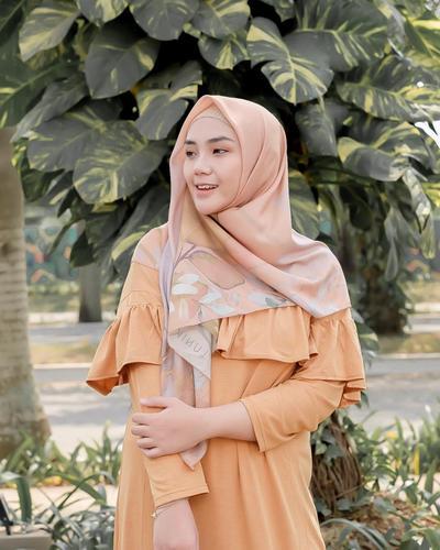 Pilih Ukuran Hijab