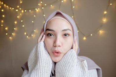 Pakai Ciput Jika Hijab Transparan
