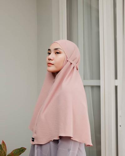 Memilih Bahan Hijab Instan