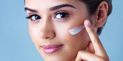 Pakai Krim SPF atau UV Potection Setiap Hari