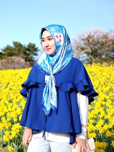 Hijab Model Simpul
