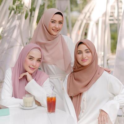 6 Rekomendasi Online Shop Hijab di Bawah Rp 50 Ribu, Ada Hijab Motif Juga!
