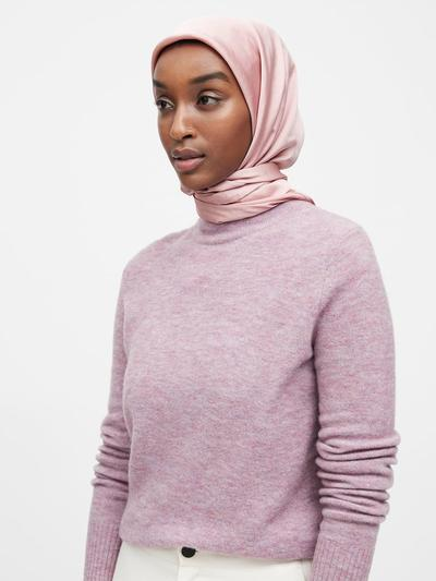 Banana Republic Soft Satin Square Hijab (classic pink)