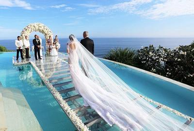 Inspirasi Dekor Pernikahan yang Mengusung Konsep Pantai