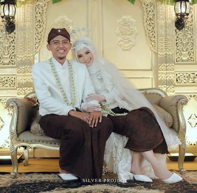 PernikahanSiji Jejer Telu(Satu Berjajar Tiga)