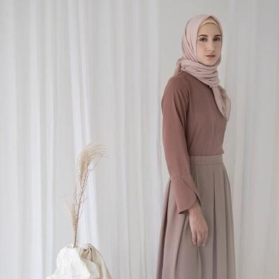Buruan Serbu, Berikut Online Shop yang Jual Atasan untuk Hijabers di Bawah 150 Ribu