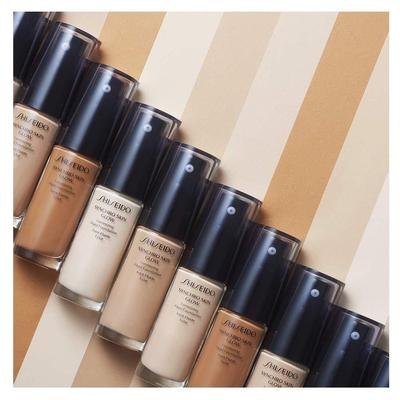 5. Shiseido Syncro Skin Lasting Liquid Foundation Broad Spectrum