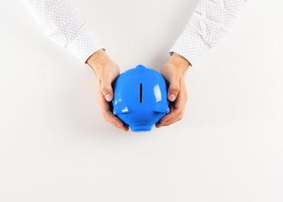 Menabung Uang 20 Ribu di Celengan atau Jar