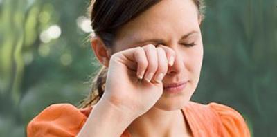 Matamu Sering Kering? Cari Tahu Penyebab dan Cara Mengatasinya di Sini Yuk!