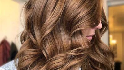 Berikan Tekstur Menawan Pada Rambut, Coba Rekomendasi Curling Iron Penata Rambut Berikut