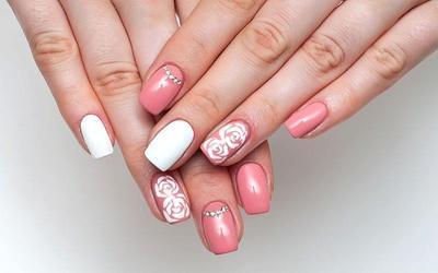Gorgeous Wedding Nail Art